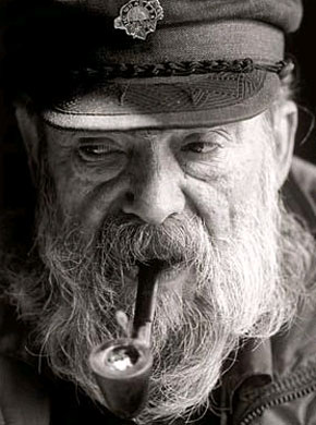 pipe smoking captain